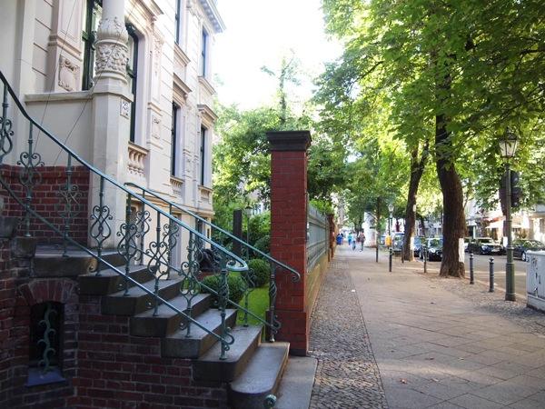 Shalrottenburg ドイツは治安がいい?経験から東と西で違うベルリンを例に解説!