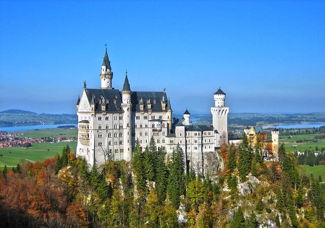 neuschwanstein castle 絶景だらけ!ドイツ・ロマンティック街道で絶対に行きたい7スポット!