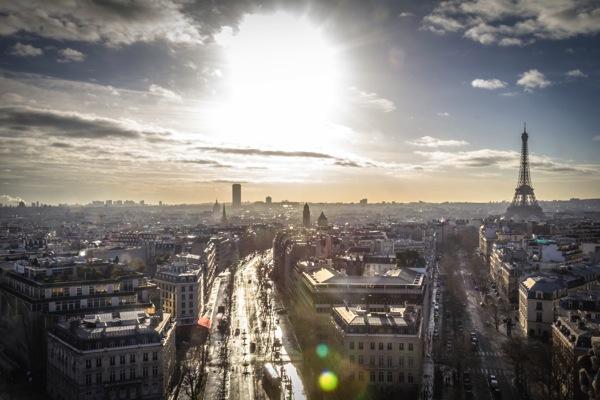 paris 学生に人気の国は?卒業旅行で行きたい10の海外ランキング