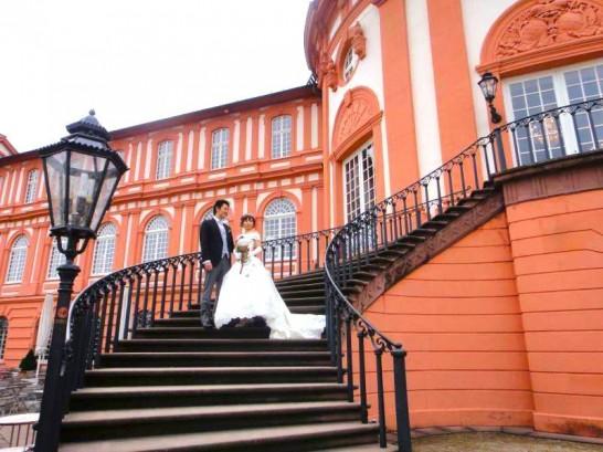 10408804 957574194262773 4066968119779807195 n 546x409 日本語OK!ドイツの古城で結婚式を挙げるならラインシュタイン城で憧れが実現!