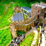 日本語OK!ドイツの古城で結婚式を挙げるならラインシュタイン城で憧れが実現!