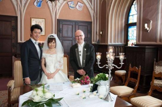 11151054 943743582312501 6000705165980036388 n 546x362 日本語OK!ドイツの古城で結婚式を挙げるならラインシュタイン城で憧れが実現!