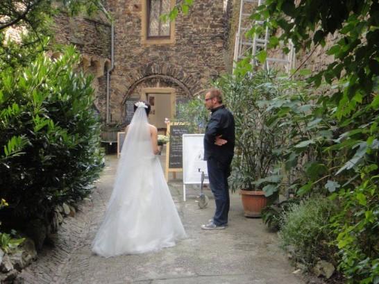 11219211 1036838426336349 828309824244132202 n 546x409 日本語OK!ドイツの古城で結婚式を挙げるならラインシュタイン城で憧れが実現!