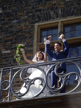 11951763 1004423246244534 5741766221081054826 n 306x409 日本語OK!ドイツの古城で結婚式を挙げるならラインシュタイン城で憧れが実現!