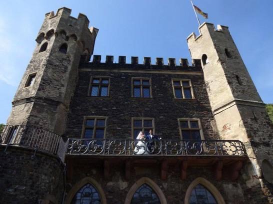 12118876 1031976123489246 8955372589027390681 n 546x409 日本語OK!ドイツの古城で結婚式を挙げるならラインシュタイン城で憧れが実現!