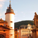 P8152884 160x160 古城が作る街、南ドイツの学術都市ハイデルベルク
