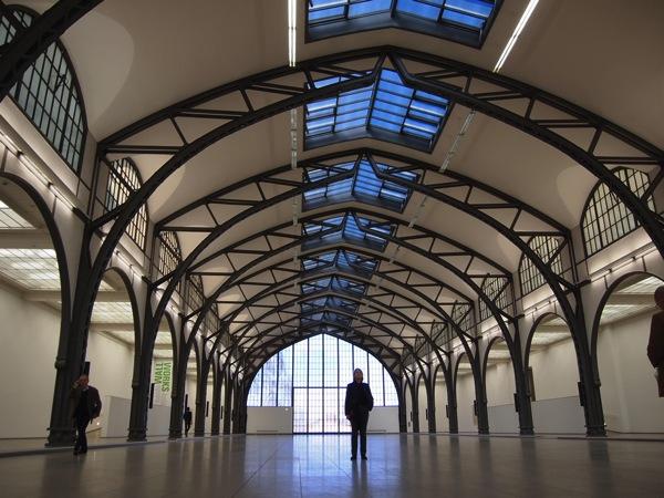 P2235443 ベルリン滞在にオススメのエリアは3つ!駅ごとに観光スポットを解説!