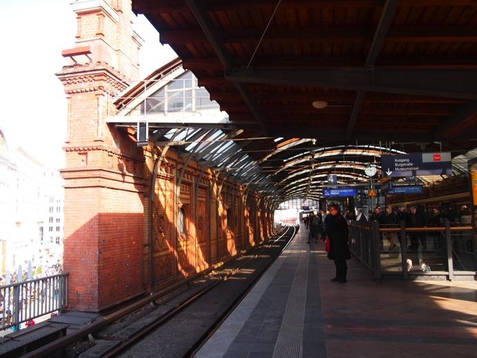 P3016838 ベルリン滞在にオススメのエリアは3つ!駅ごとに観光スポットを解説!