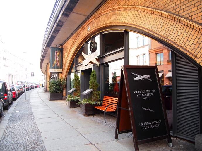 P3016867 ベルリン滞在にオススメのエリアは3つ!駅ごとに観光スポットを解説!