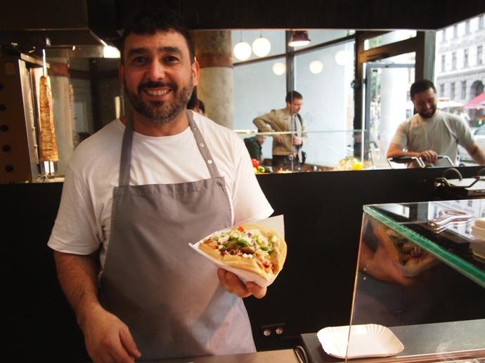P7016344 ベルリンで超美味いケバブが食べたいならゲミューゼケバブがオススメ!