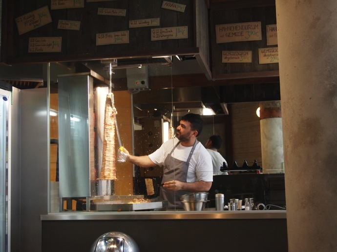 P7016347 ベルリンで超美味いケバブが食べたいならゲミューゼケバブがオススメ!