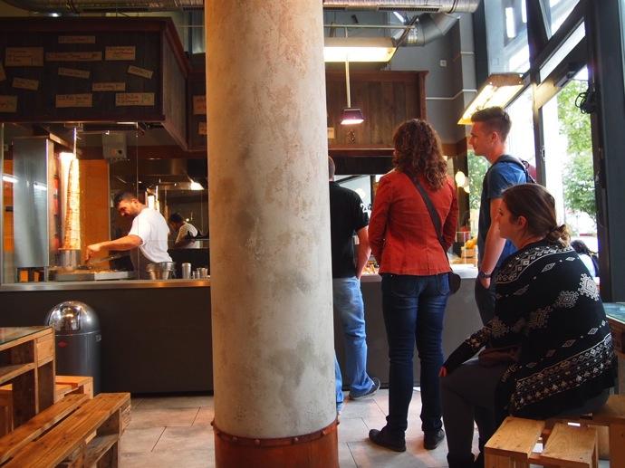 P7016348 ベルリンで超美味いケバブが食べたいならゲミューゼケバブがオススメ!