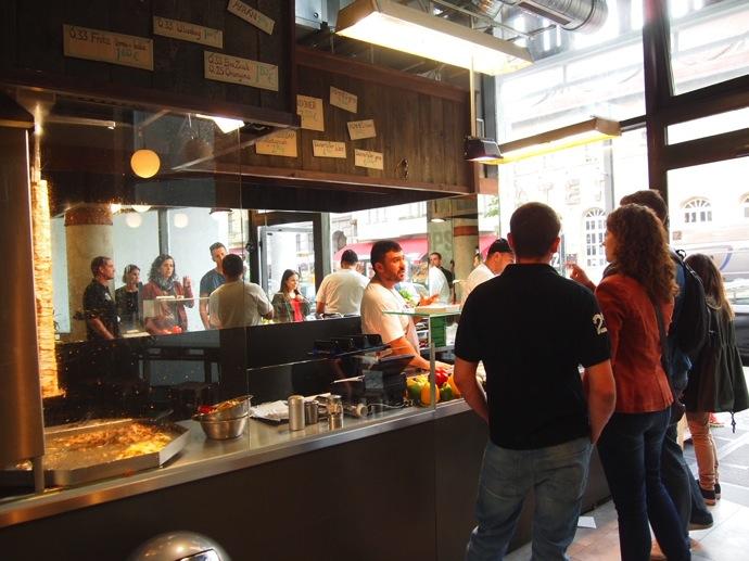 P7016351 ベルリンで超美味いケバブが食べたいならゲミューゼケバブがオススメ!