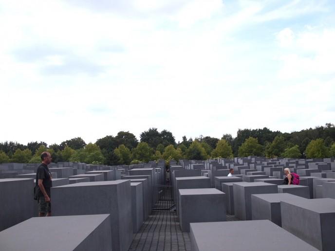 P80110521 688x516 ベルリン滞在にオススメのエリアは3つ!駅ごとに観光スポットを解説!