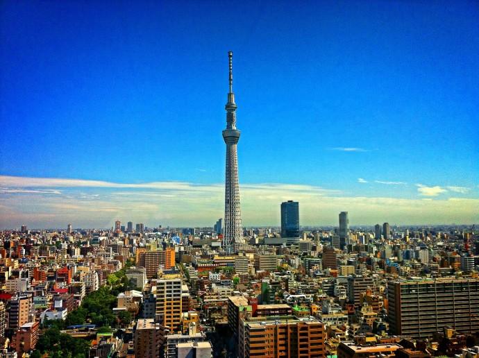 tokyo tower 690x516 ドイツ留学前にビザを取得する方法は?ワーホリは日本で申請できる