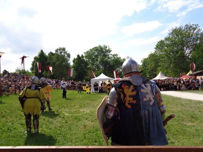 14233125 1218517801533442 6348467302682441507 n 中世にタイムスリップ!?ドイツで絶大な人気を持つ「中世祭り」とは?
