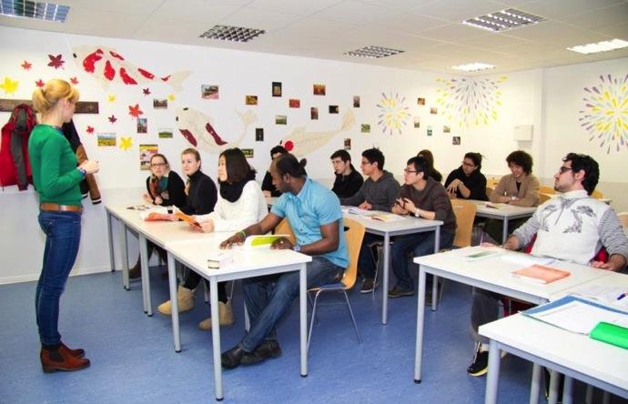 class ドイツ留学ならF+U語学学校!ハイデルベルクかベルリンでオススメな語学学校をご紹介!