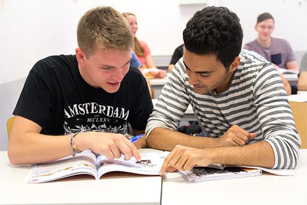 classpic ドイツ留学ならF+U語学学校!ハイデルベルクかベルリンでオススメな語学学校をご紹介!