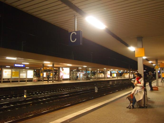 th PA204316 ドイツの夜行列車とは?寝台列車でベルリンまで旅行してみた!