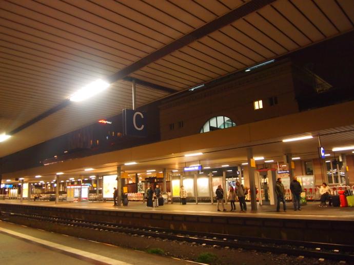 th PA204318 ドイツの夜行列車とは?寝台列車でベルリンまで旅行してみた!