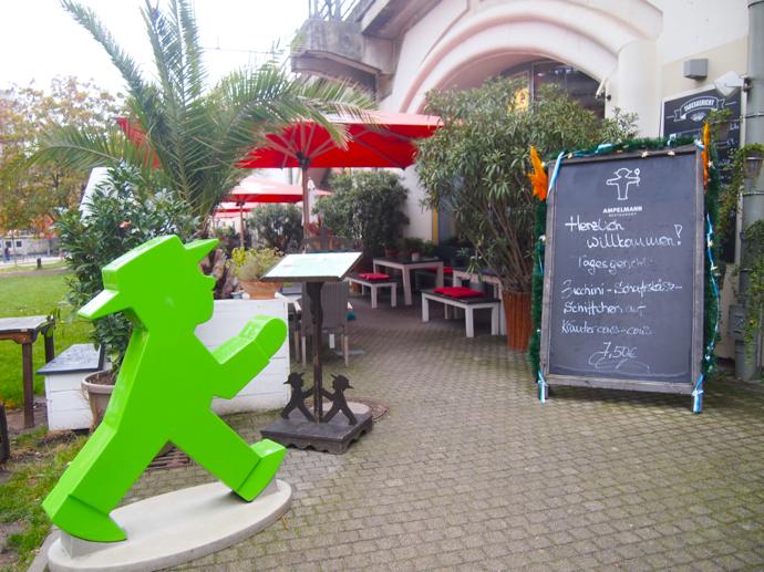 th PA204522 ベルリン観光で行きたい可愛いレストラン!アンペルマンレストラン行ってみた!
