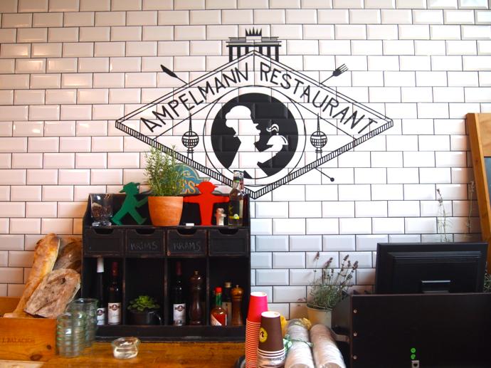 th PA204556 ベルリン観光で行きたい可愛いレストラン!アンペルマンレストラン行ってみた!