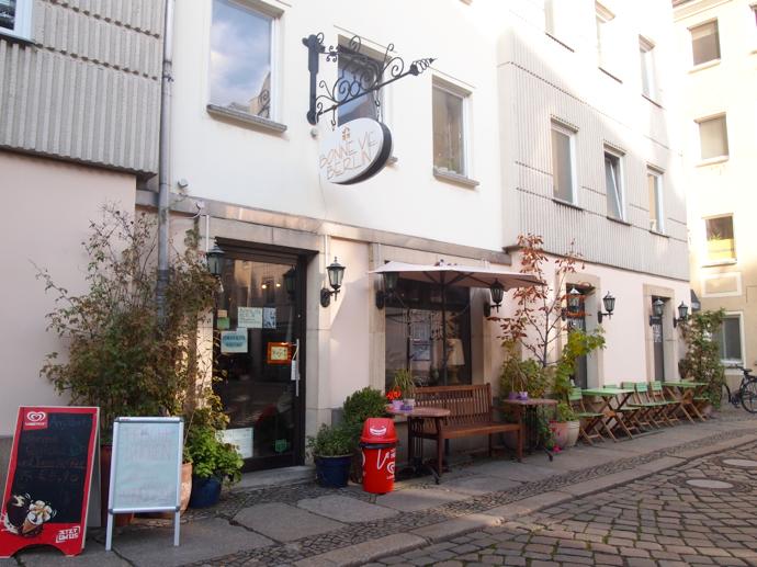 th PA225351 ベルリン観光におすすめしたいカフェ!優雅な隠れ家ボン・ヴィ・ベルリン