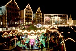 ドイツのクリスマスマーケットは家族へのプレゼントを買う場所?
