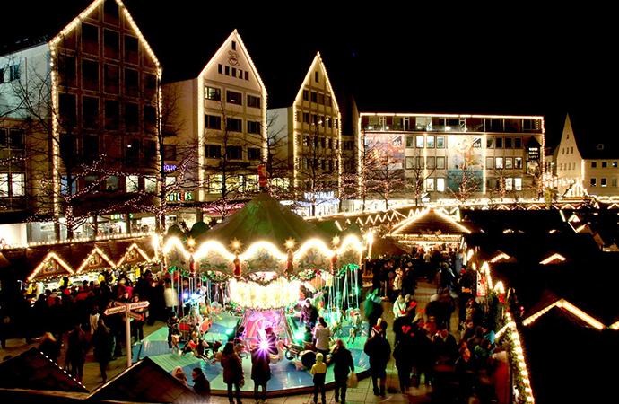 xmas ドイツのクリスマスマーケットは家族へのプレゼントを買う場所?