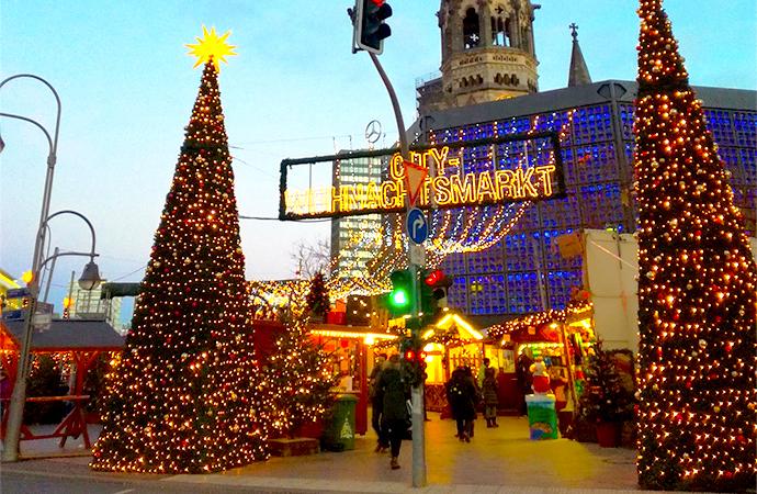 zoo xmas ドイツのクリスマスマーケットは家族へのプレゼントを買う場所?