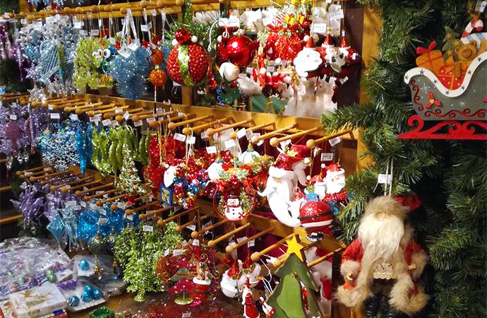 zoo xmas11 ドイツのクリスマスマーケットは家族へのプレゼントを買う場所?