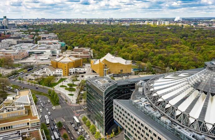 berlin view sky ドイツ語学留学で学生ビザ(大学準備ビザ)を2年分取得した方法