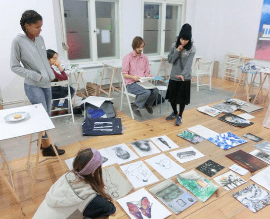 Review meeting ドイツ美大受験のベルリン美術教室AtelierHY+とは?オンラインコース実施中