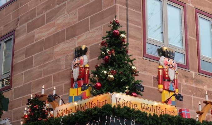 nurnbergerchristkindlesmarkt1 来場200万人!?世界が憧れるニュルンベルクのクリスマスマーケットどんな感じ?