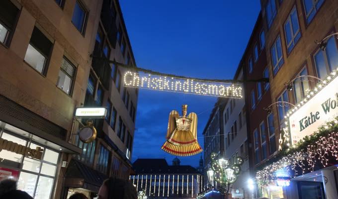 nurnbergerchristkindlesmarkt23 来場200万人!?世界が憧れるニュルンベルクのクリスマスマーケットどんな感じ?