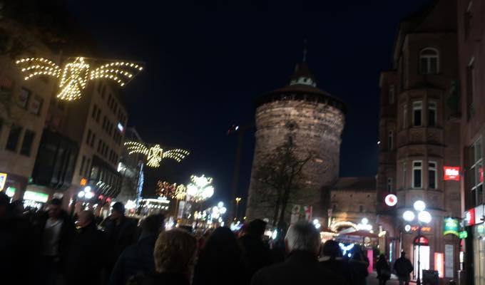 nurnbergerchristkindlesmarkt26 来場200万人!?世界が憧れるニュルンベルクのクリスマスマーケットどんな感じ?