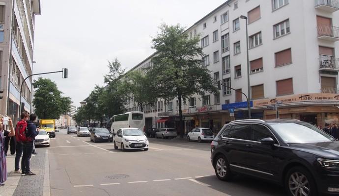 munchen street 690x400 Uber使えない!ドイツで簡単にタクシーを呼べるアプリ『Mytaxi』を使ってみた!