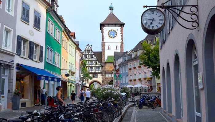 freiburg view 15 少人数でドイツ留学!フライブルクにある学校アルパディアとは?