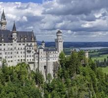 ドイツおすすめ観光地ベスト30…世界1番人気はネズミの国!